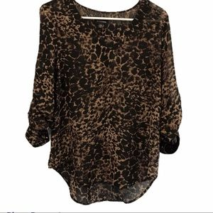 Animal print v neck blouse Le Chateau size small